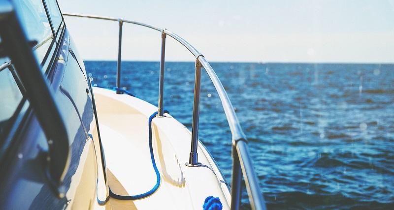 vivir en barco trabajar viajar gratis